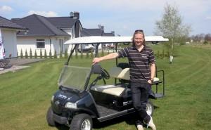 Antti Pohjonen vetää Sand Valleyn golf-keskusta Puolassa