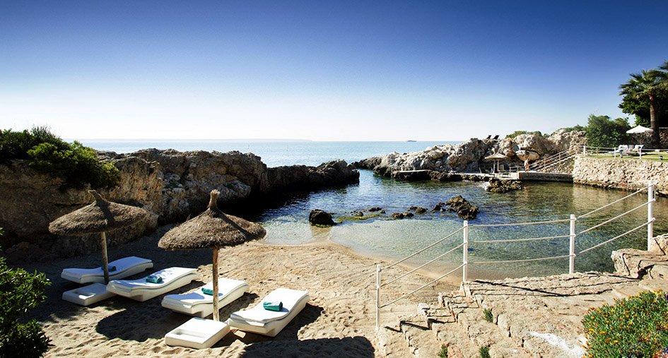Espanjan Mallorcalla sijaitsevassa hotellissa ei tarvitse häiriintyä lapsista, sillä hotellin ikäraja on 15 vuotta.